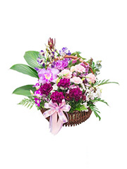Miss Lily Flower Basket,flower shop,flower arrangements,send flowers,flower vase,flower bouquet,wreath