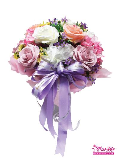แจกันดอกไม้ประดิษฐ์